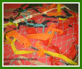 rain-forest-theme-net-weaving